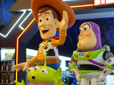 Toy Story characters Woody and Buzz Lightyear coming to Doha