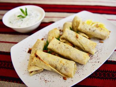 Ramadan in Doha 2020: How to make chicken musakhan rolls