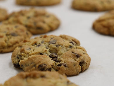 Recipe: DoubleTree by Hilton's famous chocolate chip cookies