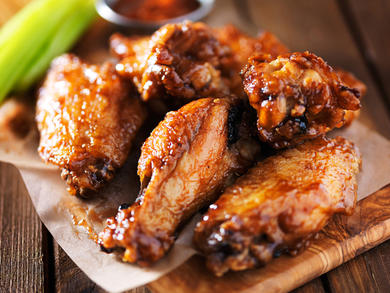 Mix Bar launches Wednesday wing night