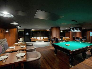 Best places for bar food in Doha